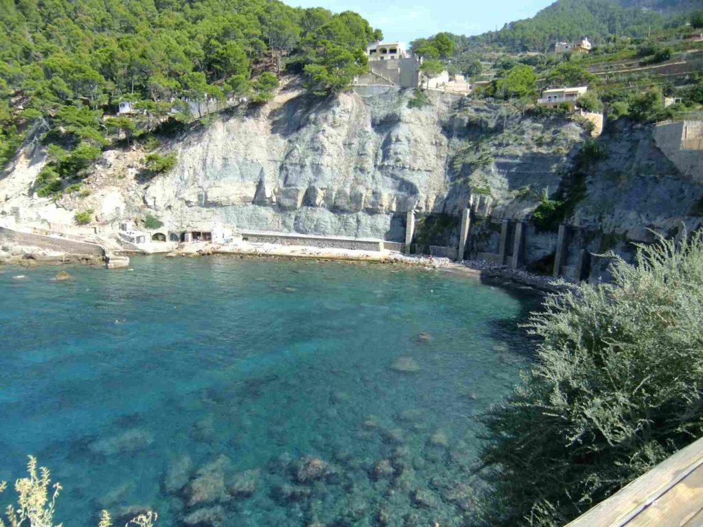 Banyalbufar Steilküste und Bucht