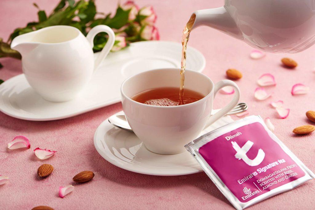 Exklusiver Signature Tee in der Emirates First Class