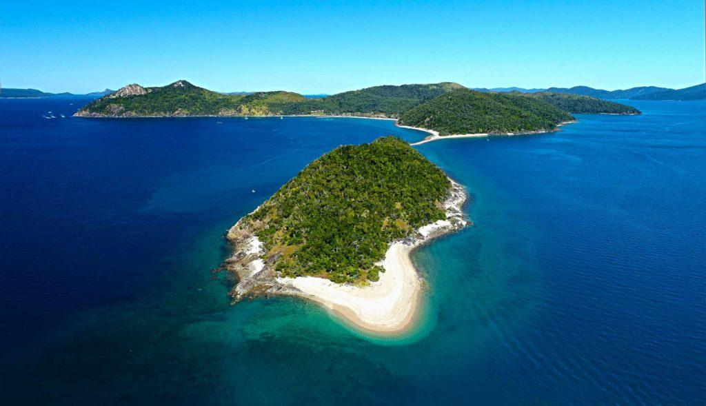 Mid Molle Island Whitsundays