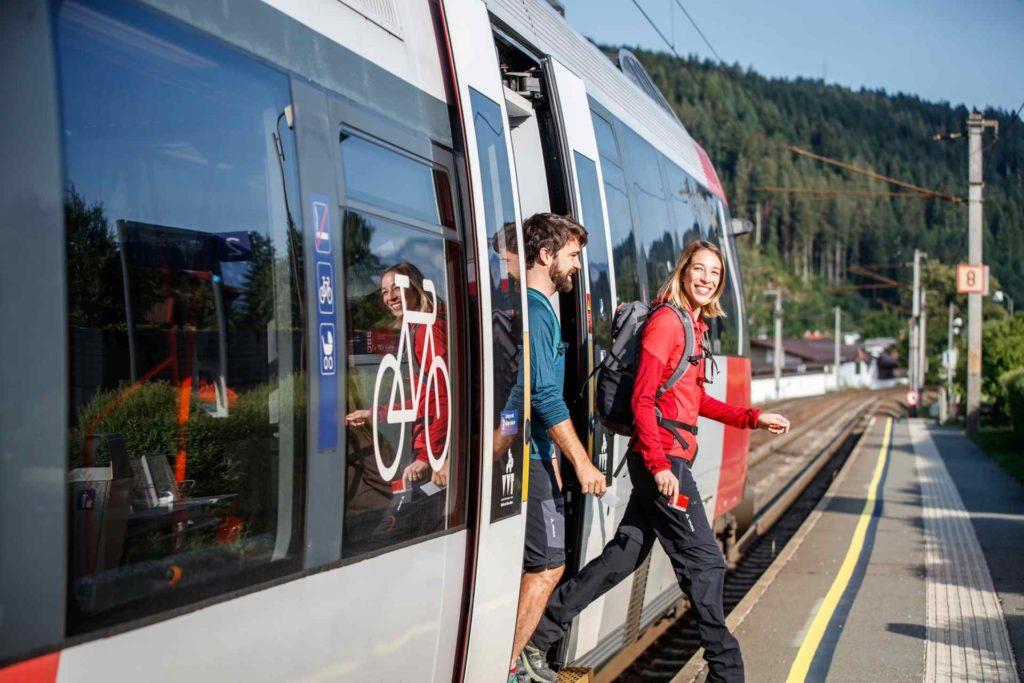 Gästekarte als Fahrkarte in den Kitzbüheler Alpen