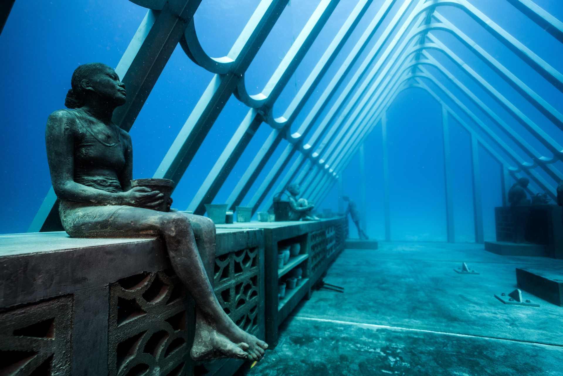 Skulpturen im Unterwasser-Museum von Townsville