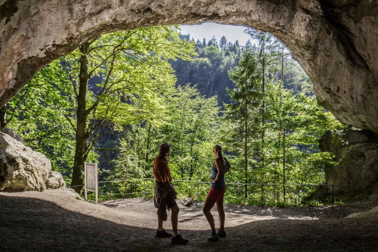 Tischoferhöhle Eingang