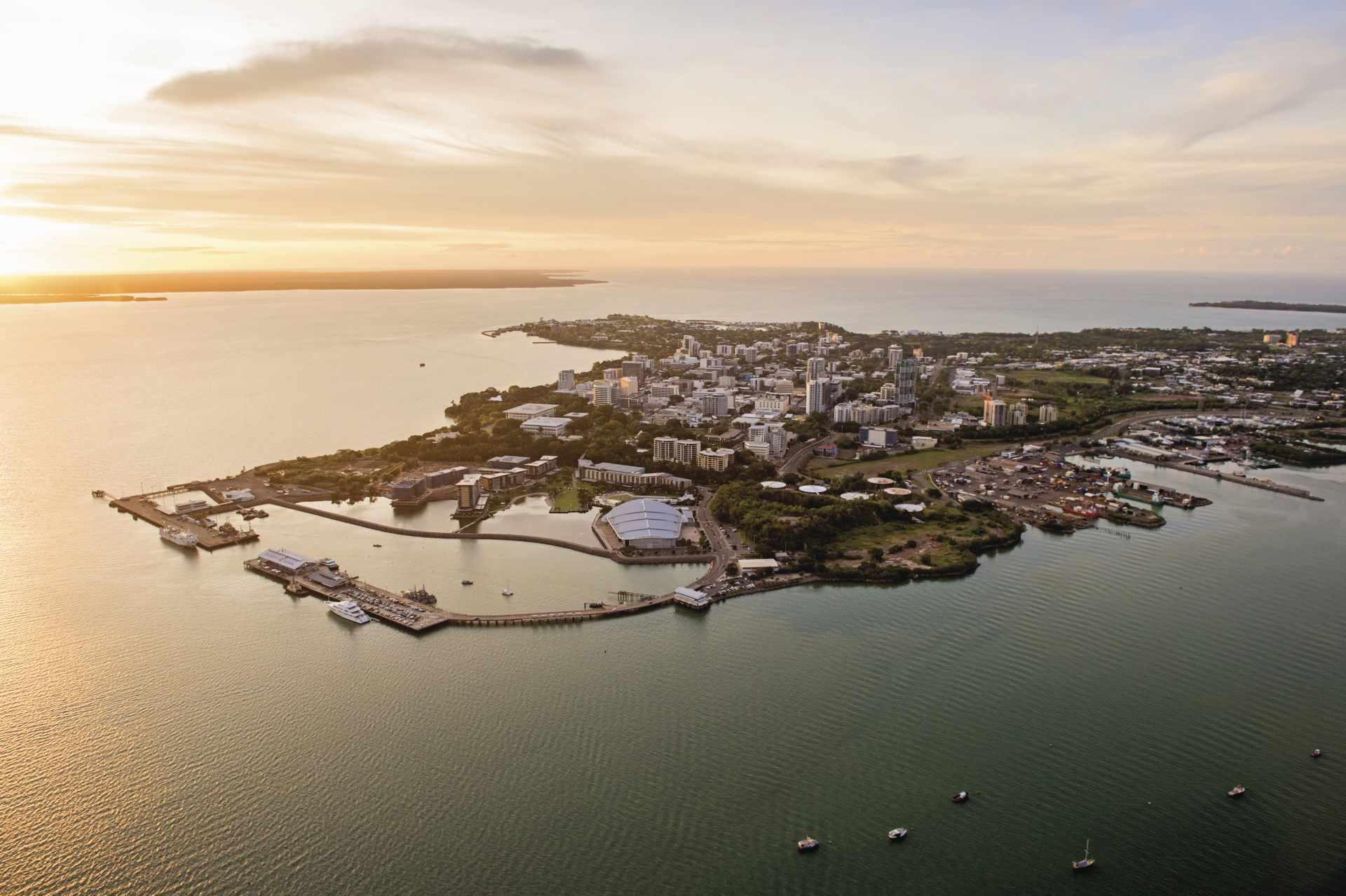 Wasserbecken am Hafen von Darwin City