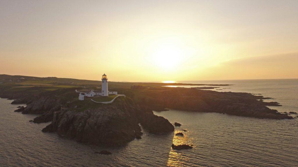 Fanad Head Leuchtturm im Sonnenuntergang