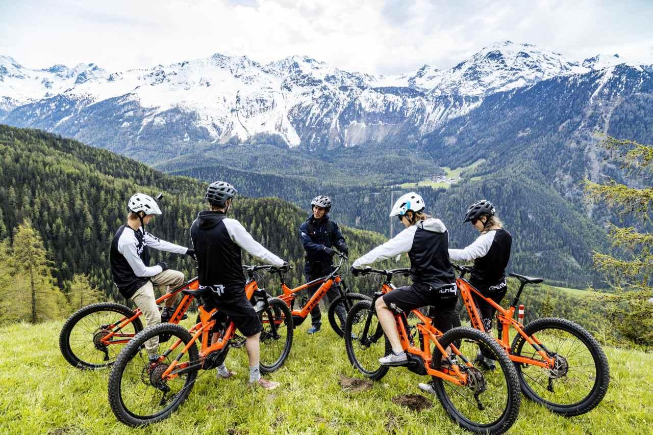 Geführte E-Mountainbike-Tour in der AREA 47