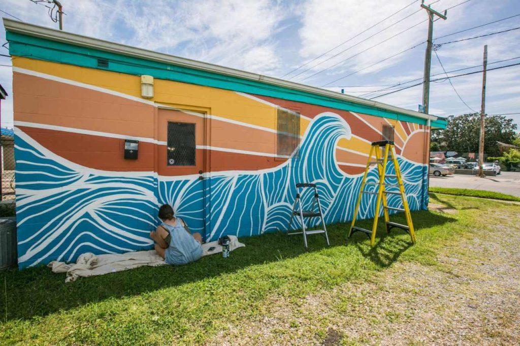 Geometrische Farbenspiele bei Mural Street Art Virginia Beach