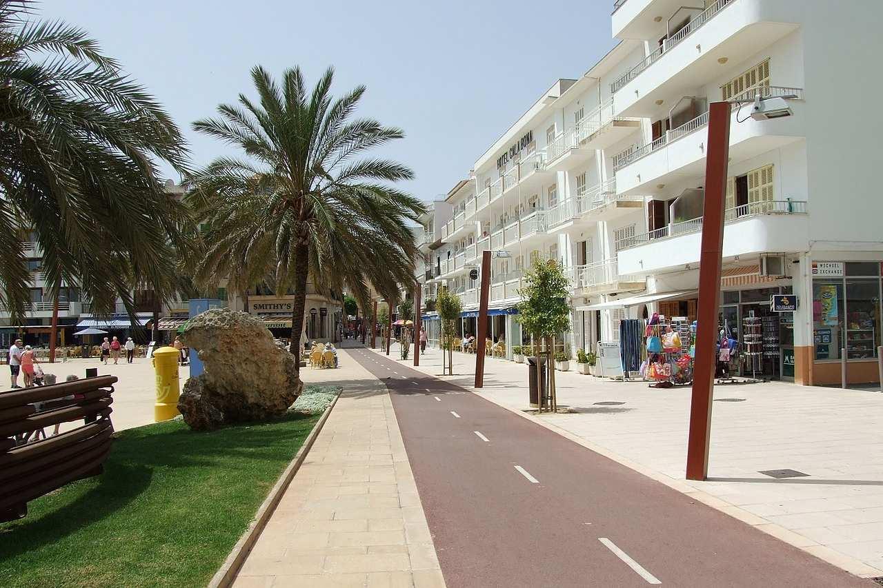 Promenade von Cala Bona