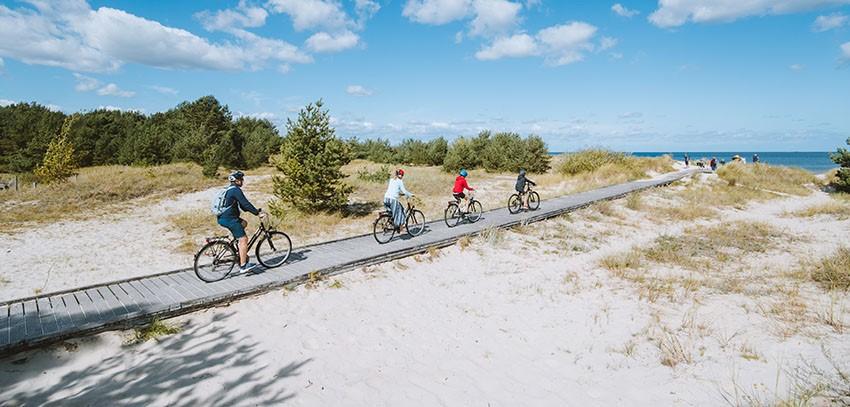 Radfahrer an der polnischen Ostseeküste