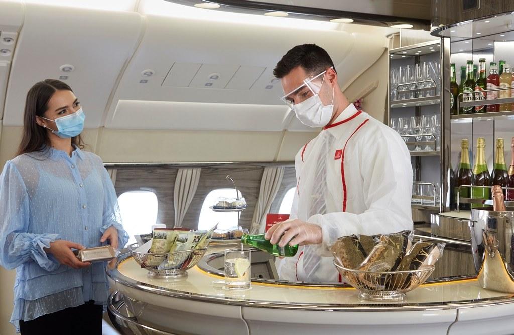 Takeaway-Service in der A380 Bord-Lounge