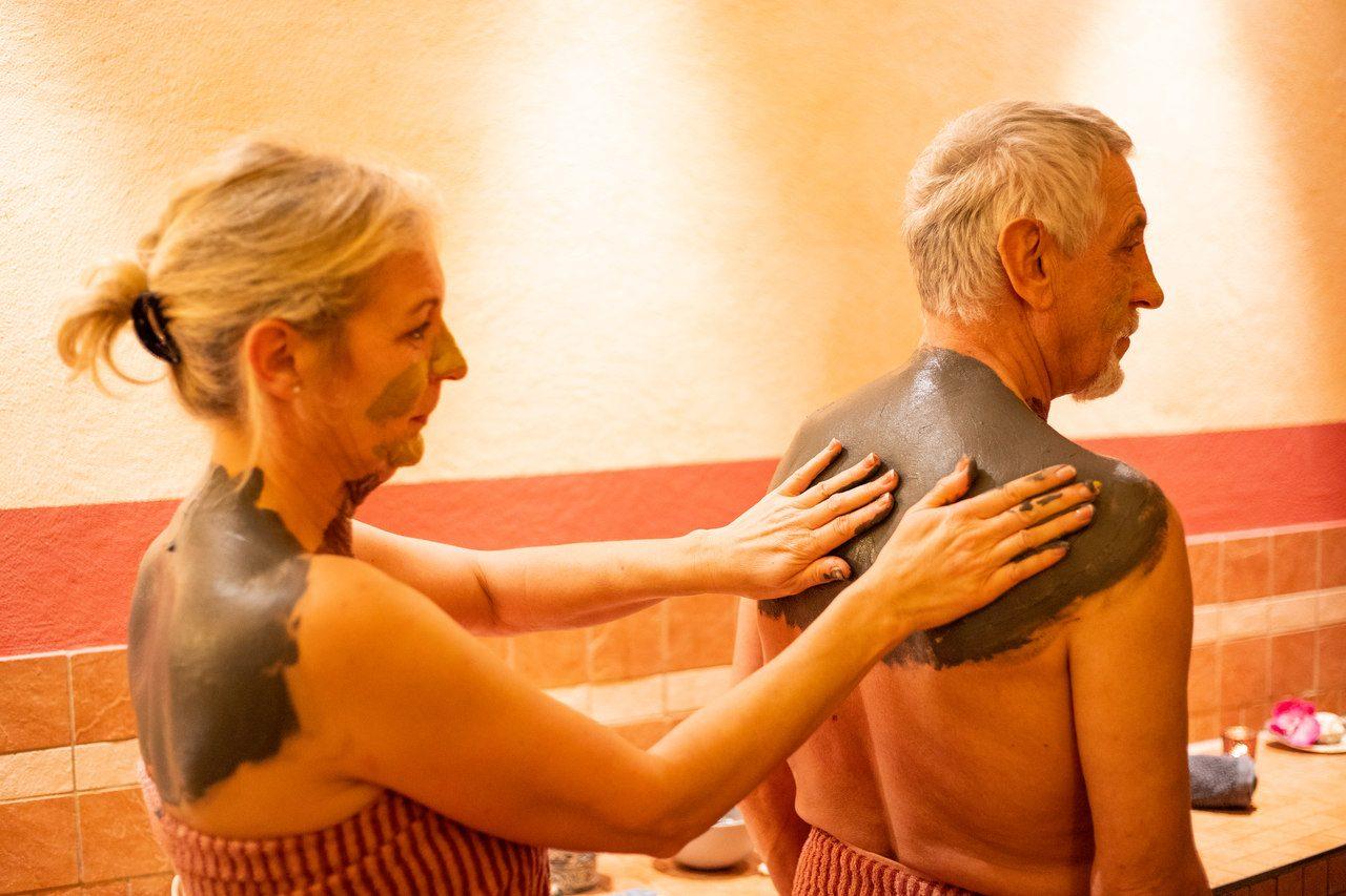 Thalasso-Anwendung Wellness-Gezeitenland Borkum