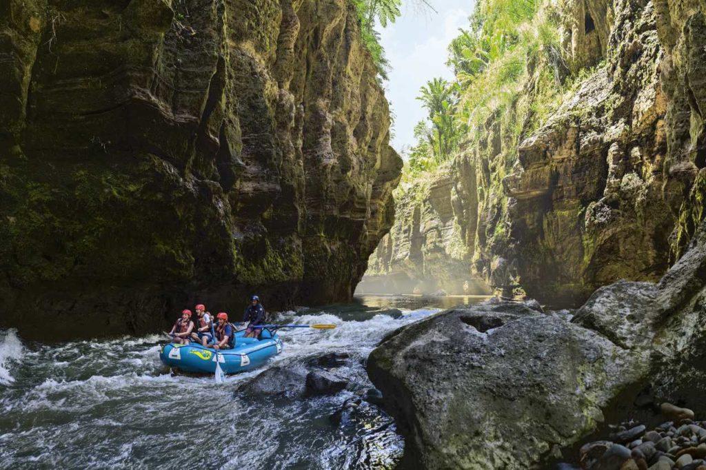 Wildwasser Rafting auf dem Navua River Fidschi