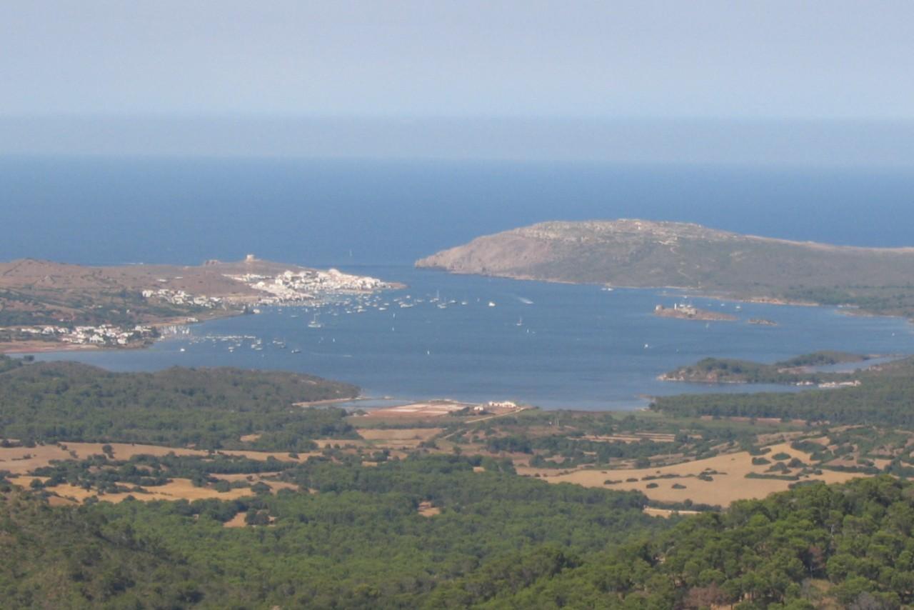 Bucht von Fornells auf Menorca