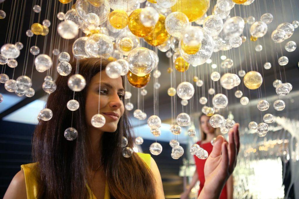 Traditionelle tschechische Weihnachts-Glaskugeln