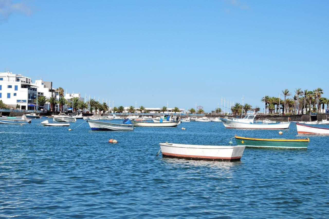 Fischerboote im Hafen von Arrecife