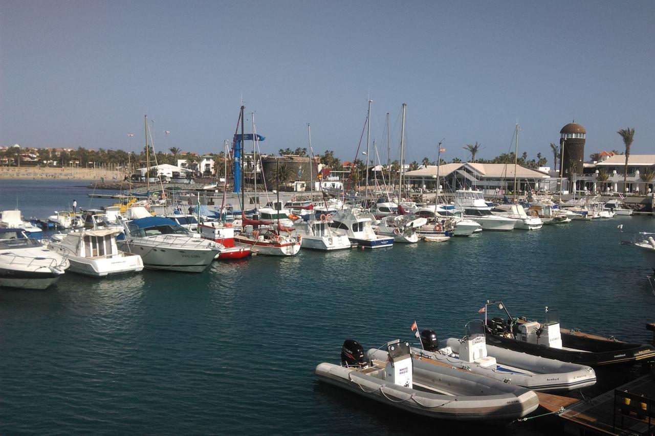Hafen von Caleta de Fuste