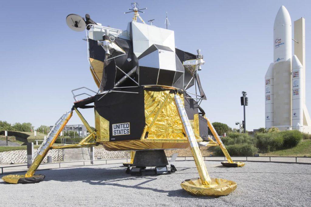 Mondlandefähre in der Cité de l'Espace