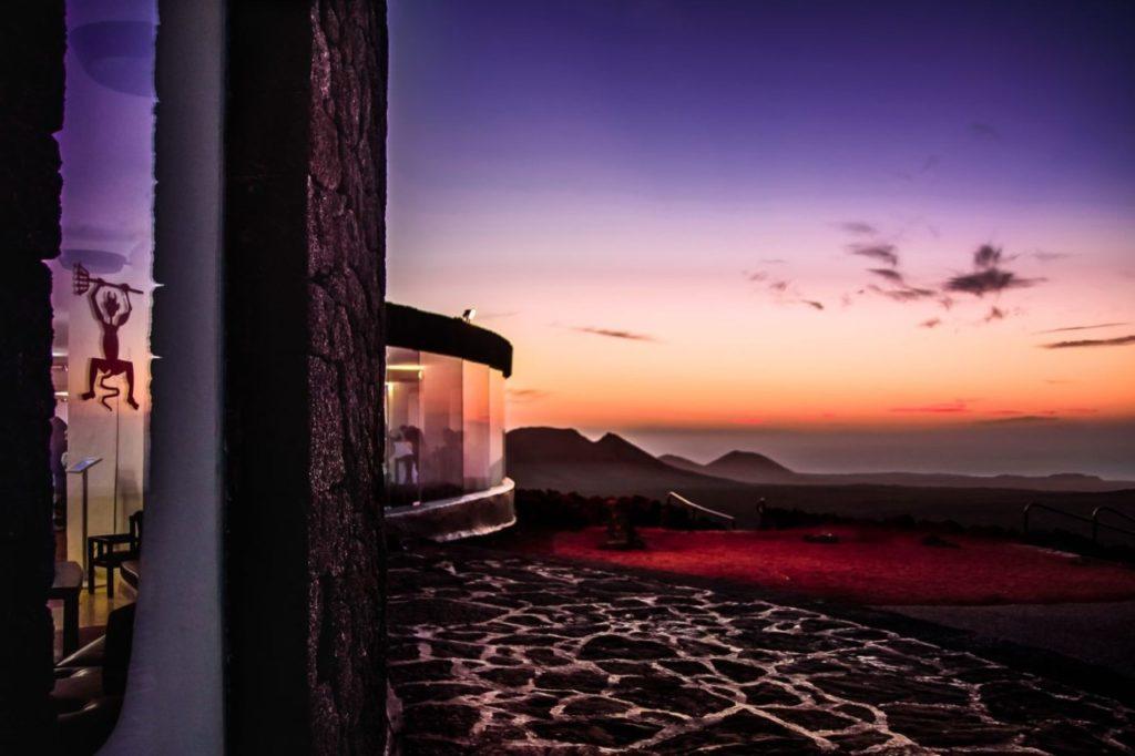 Montañas del Fuego bei Sonnenuntergang