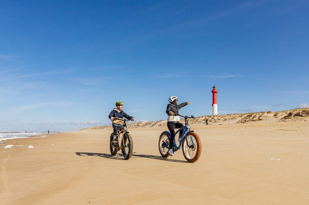 Spaß mit Fat Bikes am Atlantikstrand
