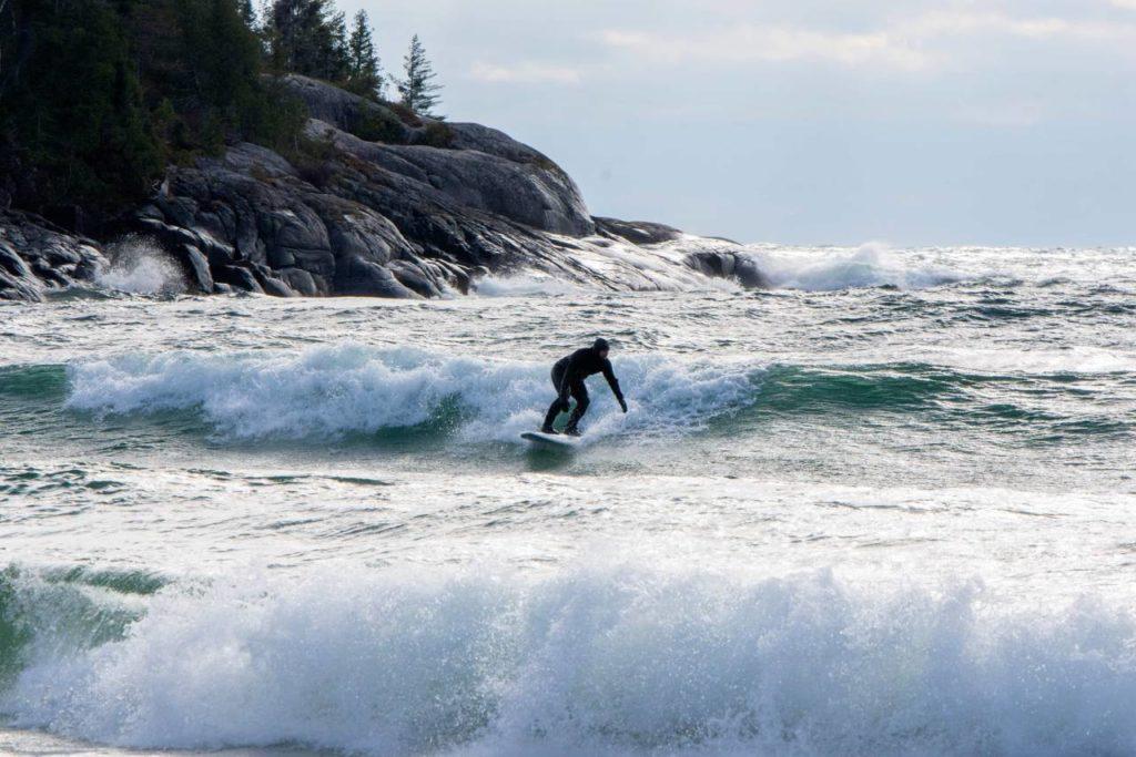 Wellenreiter auf dem Lake Superior