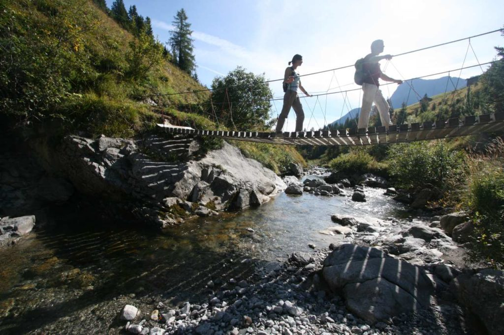 Hängebrücke über den Krumbach