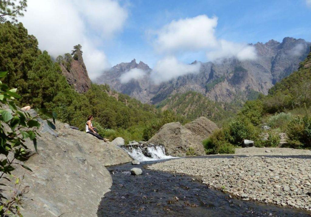 Kleiner Wasserfall an der Playa del Taburiente