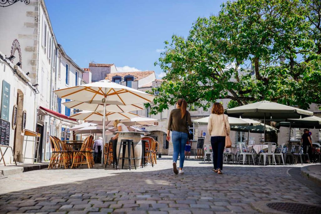 Platz im Viertel Saint-Nicholas in La Rochelle