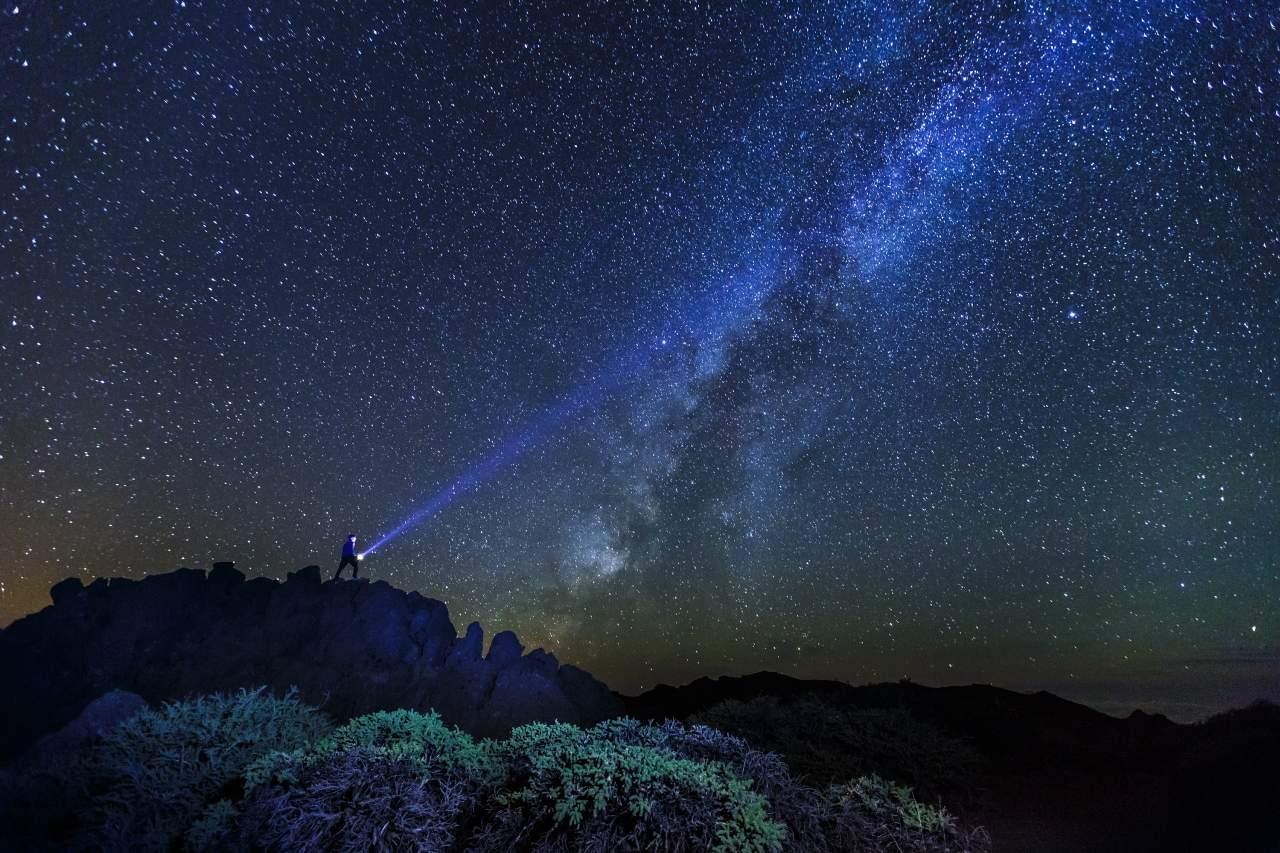 Sternenklarer Nachthimmel über La Palma