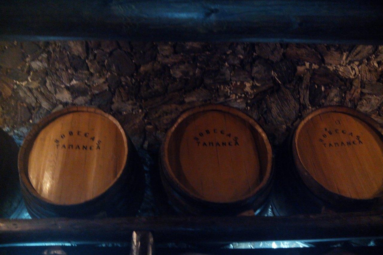 Weinfässer Bodega La Palma