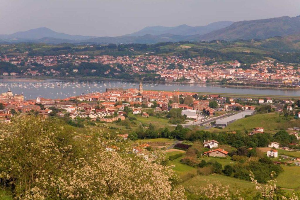Blick auf Hondarribia Baskenland