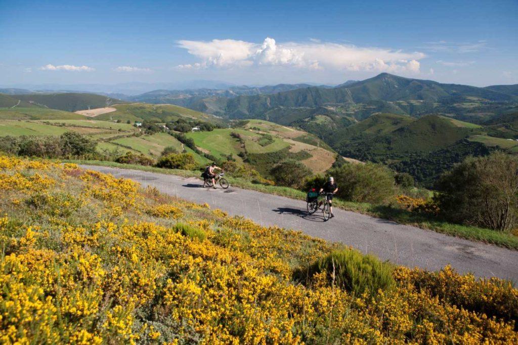 Mit dem Fahrrad auf dem Jakobsweg in der Provinz León