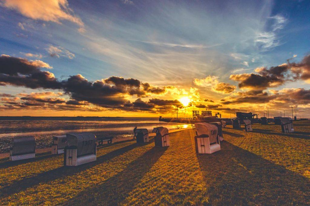 Sonnenuntergang an der Küste von Dagebüll