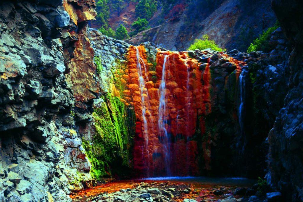 Wasserfall Cascada de Los Colores