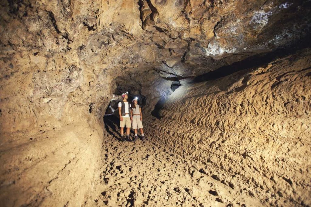 Höhlengang in der Cueva del Viento