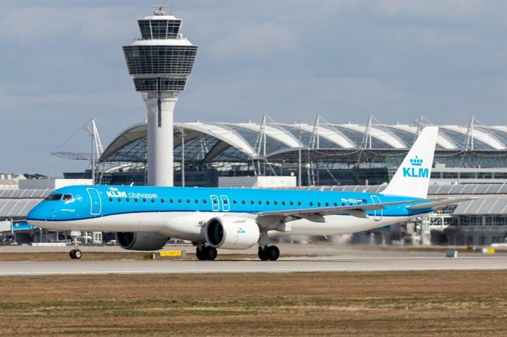 KLM Cityhopper Embraer 195-E2 am Flughafen München