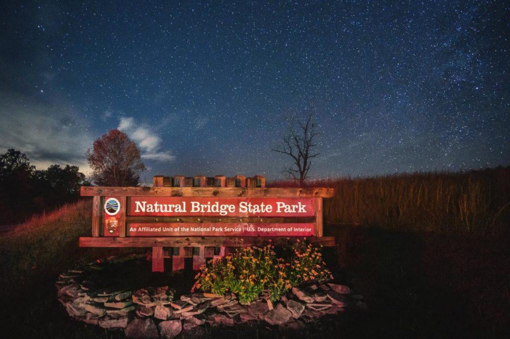 Sternenbeobachtung im Natural Bridge State Park Virginia