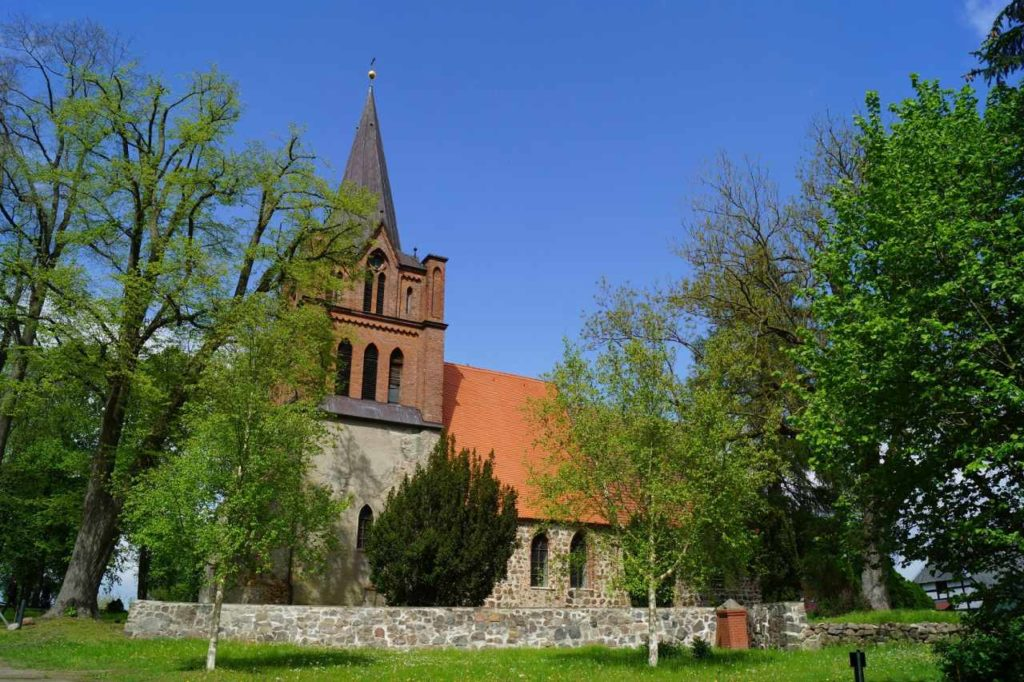 Dorfkirche in Ranzin