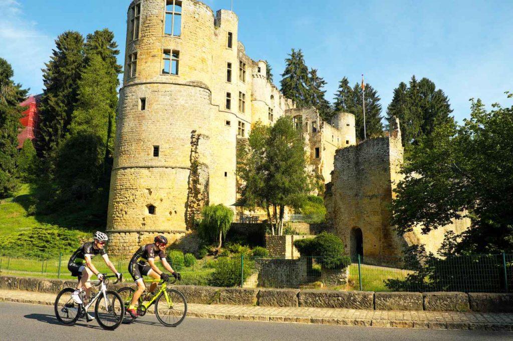 Schloss Beaufort Radfahrer