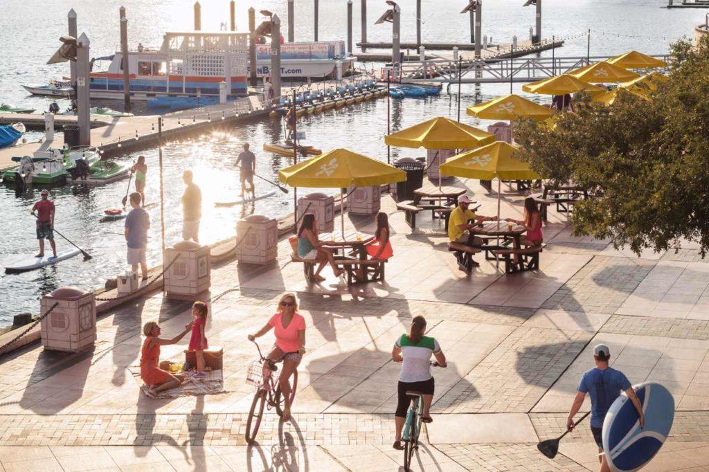Tampa Sail Pavilion Riverwalk Radfahren