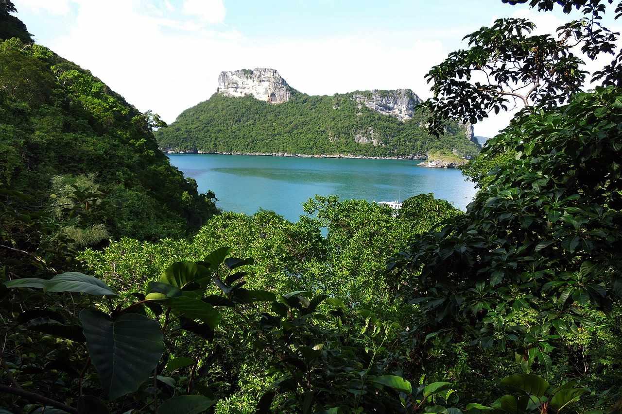 Bucht im Nationalpark Angthong