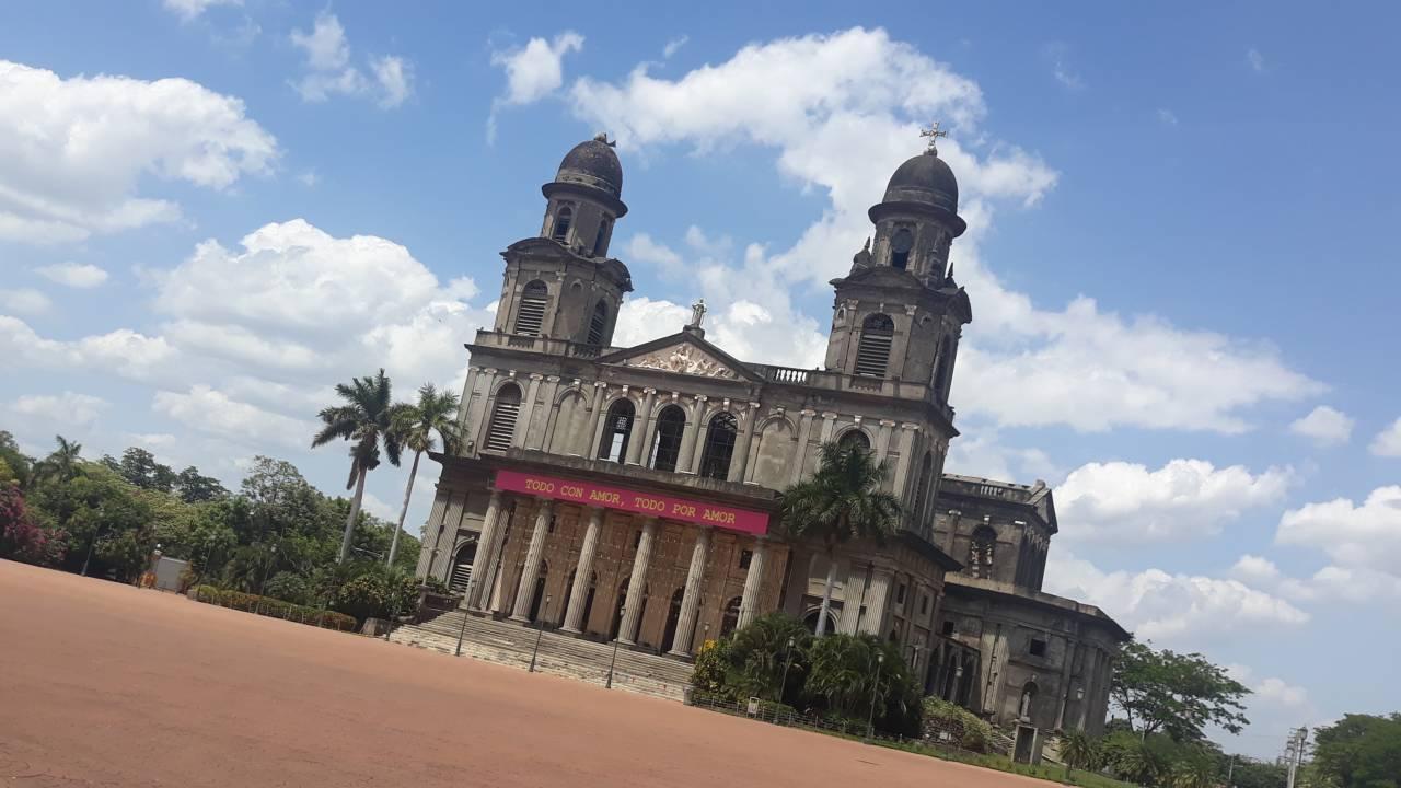 Catedral Vieja Managua