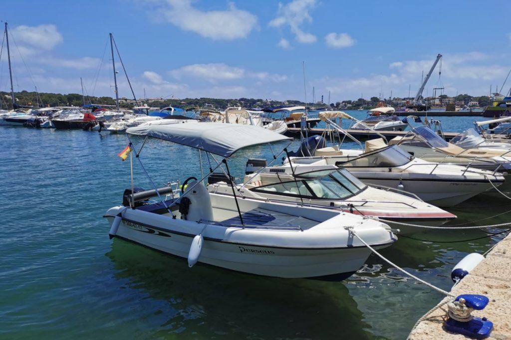 Führerscheinfreies Boot Porto Colom