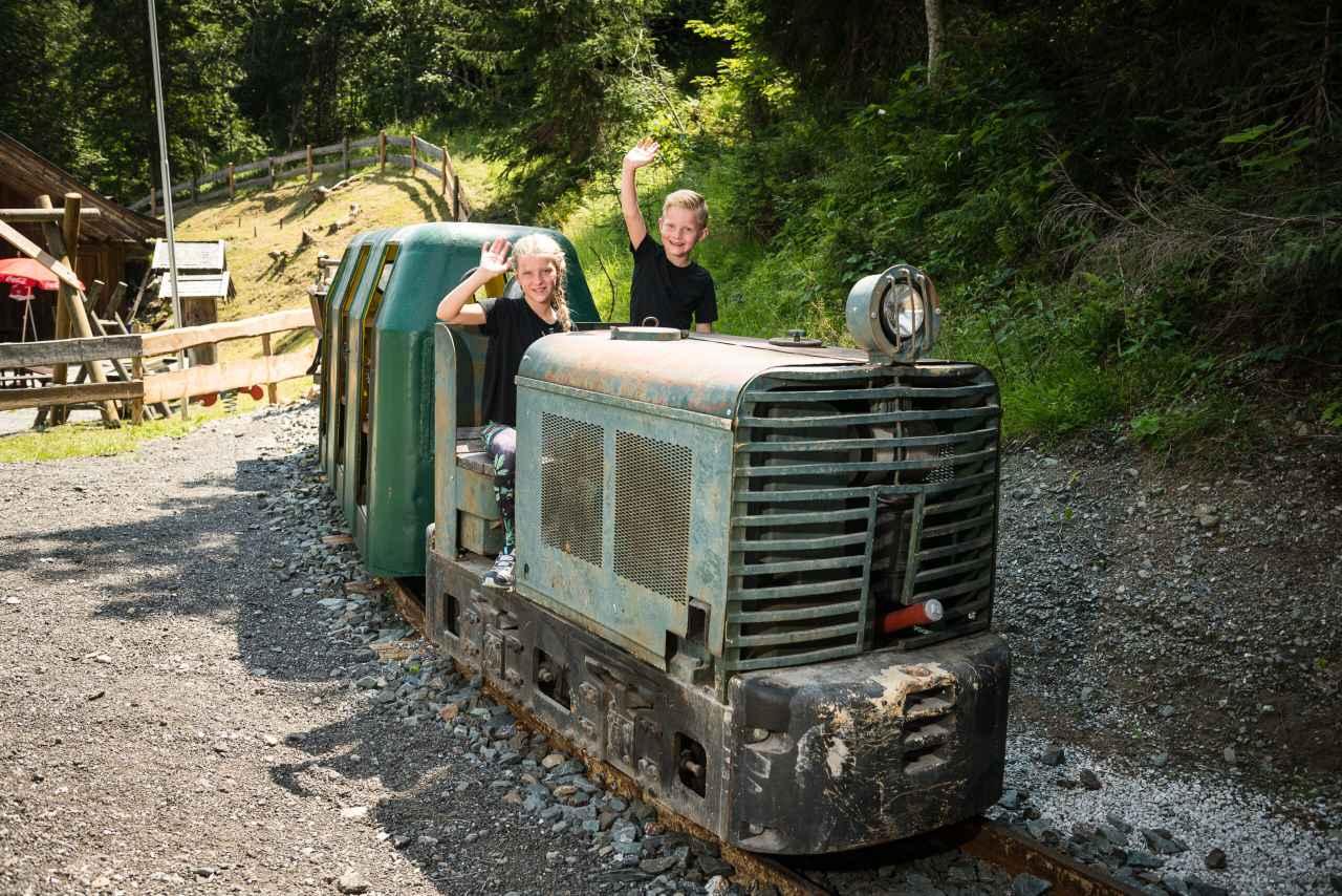 Grubenbahn Schaubergwerk Leogang Kinder
