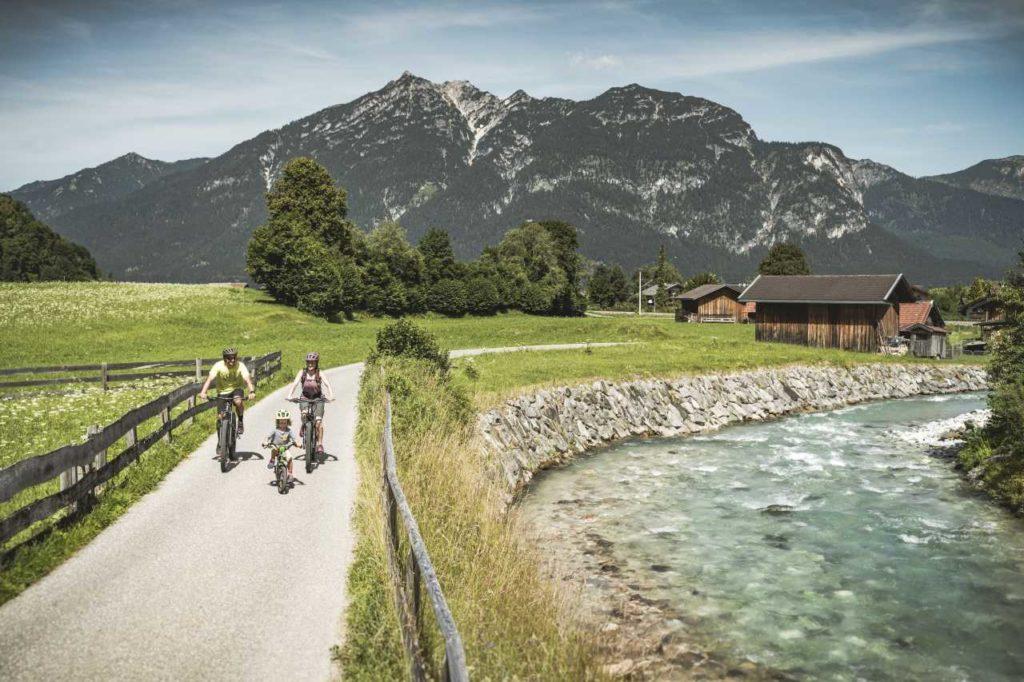 Radfahren mit der Familie Zugspitz-8