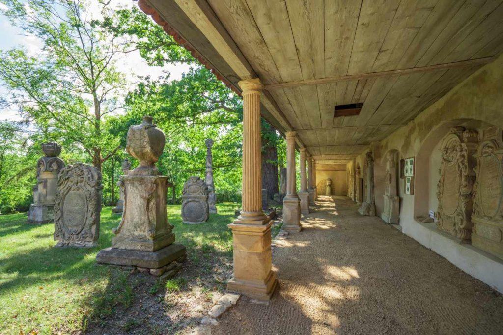 Arkadenhalle Friedhof Camposanto