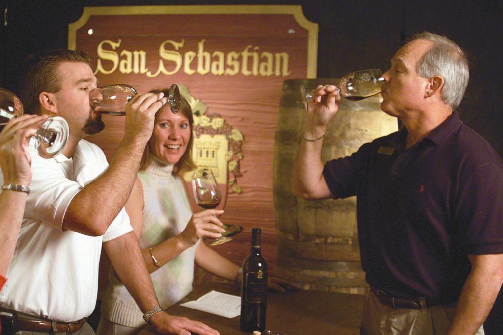 Weinprobe in der San Sebastian Weinkellerei