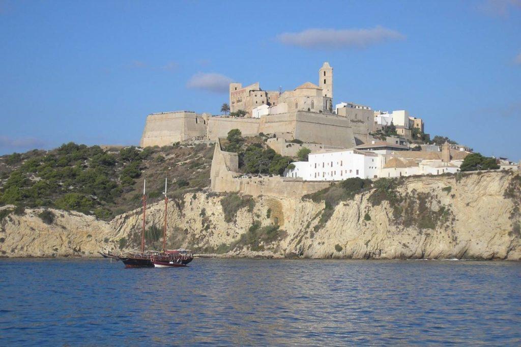 Dalt Vila Eivissa Festungsmauern