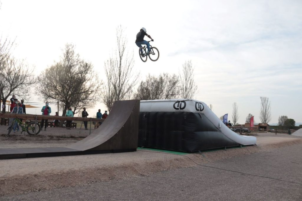 Airbag Bike Aventura Park
