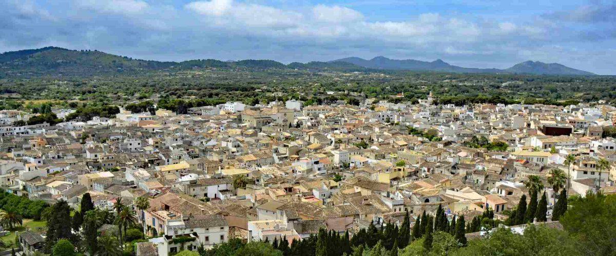 Artá im Nordosten von Mallorca