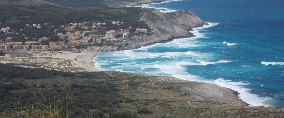 Cala Mesquida Ort mit Bucht