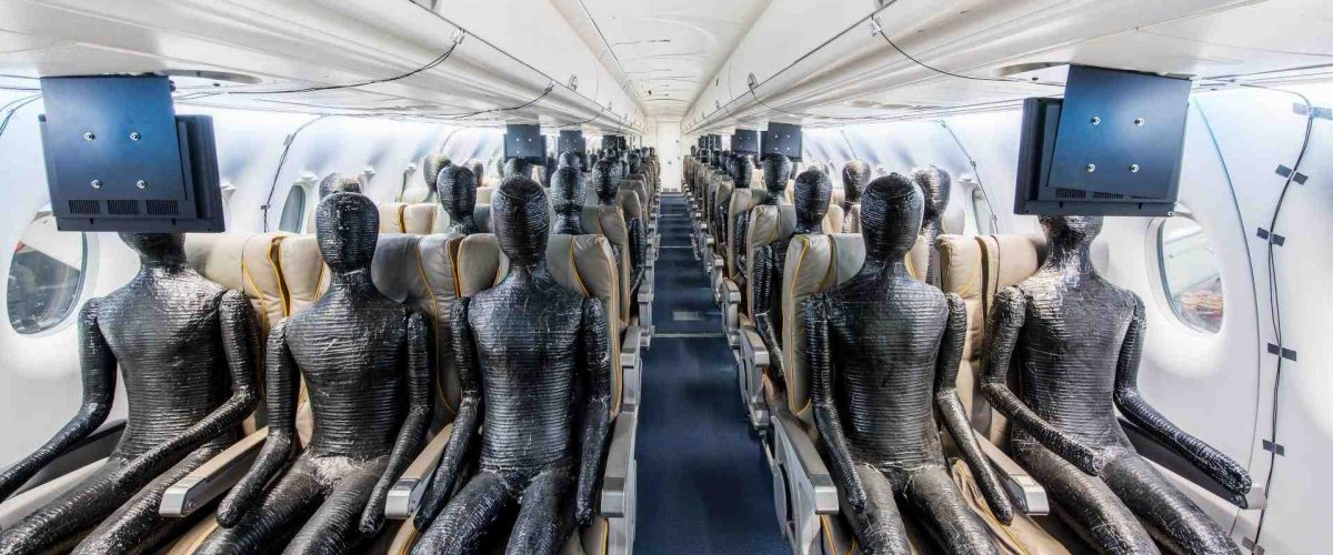 DLR Forschungsflugzeug Do 728 mit Passagier-Dummies